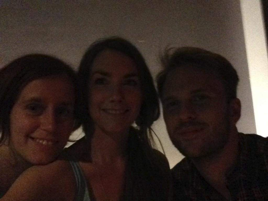 Lisa, Sofie och Lars E på jazzklubb i Brooklyn
